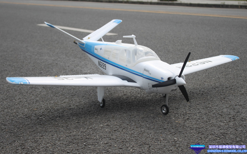 1.3m Scale Bonanza V35 with Flaps/LED